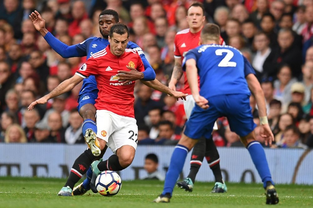 Rooney tuyet vong, MU thang huy diet Everton hinh anh 2