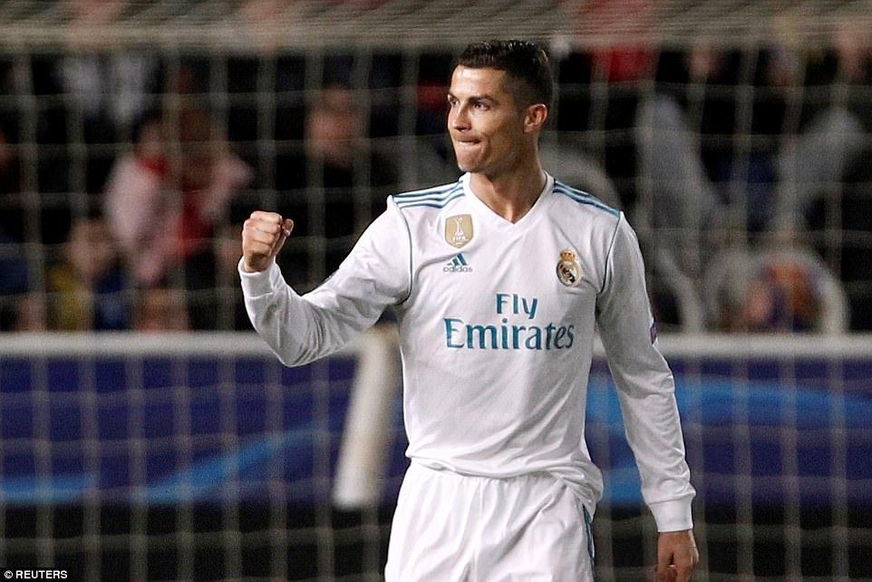 BLV Quang Huy: Ronaldo la bieu tuong cua giai doan toan cau hoa bong da hinh anh 1
