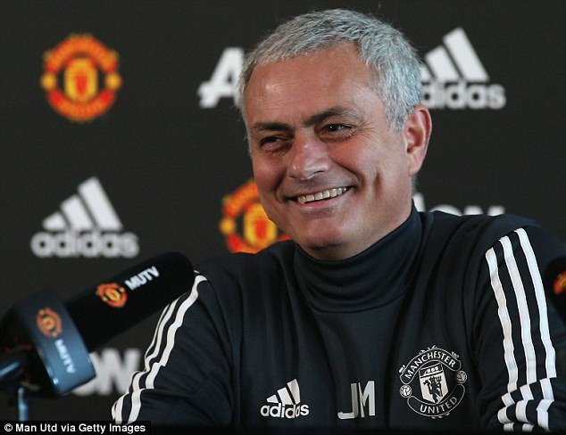 Jose Mourinho ngo lo Man City, tap trung dai chien voi Arsenal hinh anh 1