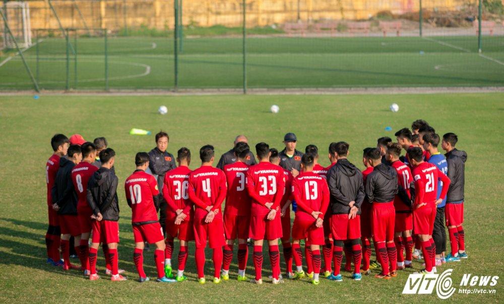 Video: U23 Viet Nam tap bai vo long, Cong Phuong dut diem an tuong hinh anh 1
