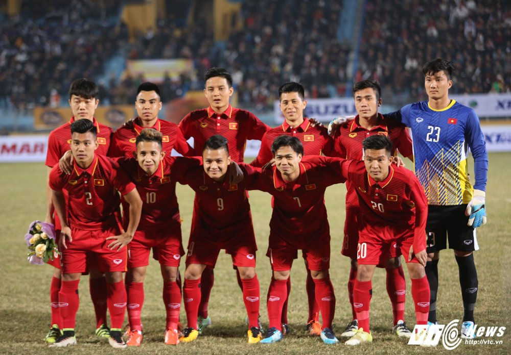 Lay 'Messi Thai' lam thuoc do, Cong Vinh che cau thu tre Viet Nam qua so that bai hinh anh 3