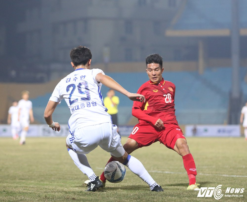 HLV Park Hang Seo chi ro li do cau thu Han Quoc vuot troi U23 Viet Nam hinh anh 1