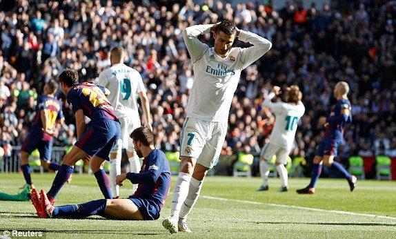 Thua dam Barcelona, Zidane van khang dinh Real Madrid khong co gi phai thay doi hinh anh 1