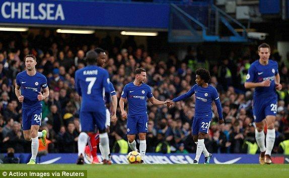 Chelsea thang huy diet Stoke City, tam chiem vi tri thu 2 cua MU hinh anh 1