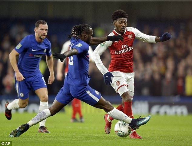 Video Chelsea vs Arsenal cup Lien doan Anh: Hoa nhat nheo, Chelsea hen Arsenal tai dau luot ve hinh anh 1