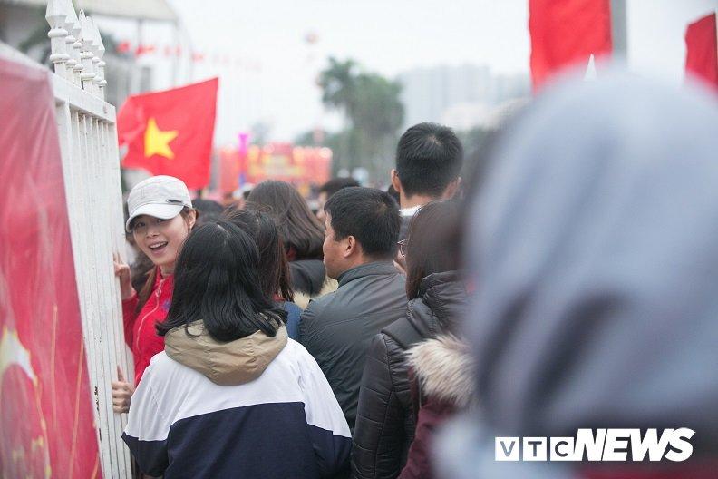 Truc tiep: San My Dinh ruc sang dem Gala mung cong U23 Viet Nam hinh anh 16