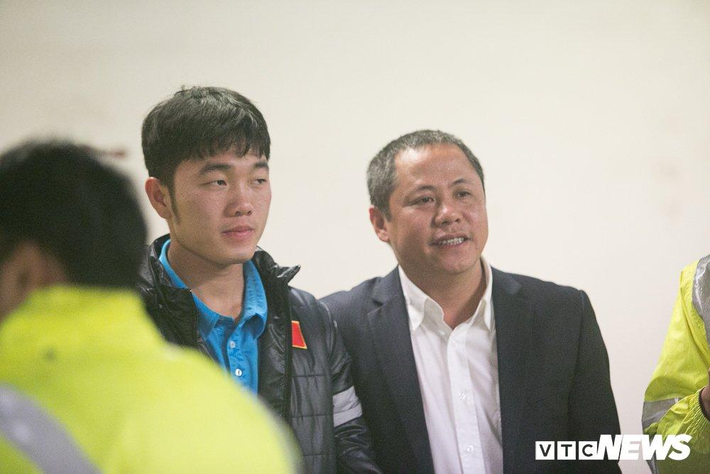 U23 Viet Nam len xe bi mat den My Dinh du Gala vinh danh chien thang hinh anh 1