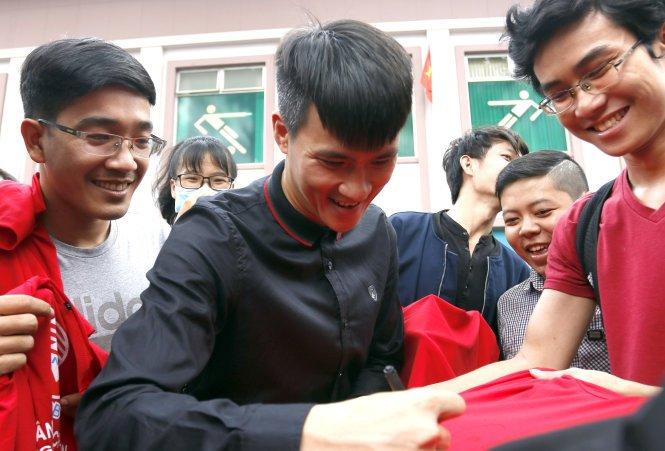 Thanh cong cua U23 Viet Nam khien ca V-League 'tinh ngo' hinh anh 3