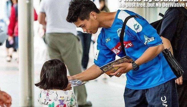 Muon dong khan gia, Ha Noi FC hay de Quang Hai di phat to roi nhu Cong Phuong hinh anh 1