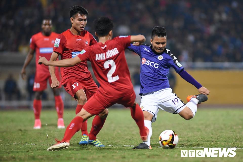 HLV Ha Noi FC: 'Khong the bat Quang Hai luc nao cung hay' hinh anh 1