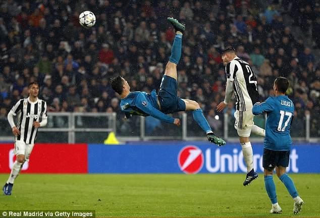 Dau an Juventus vs Real: Ronaldo xuat than, Isco khien doi thu nin lang hinh anh 1