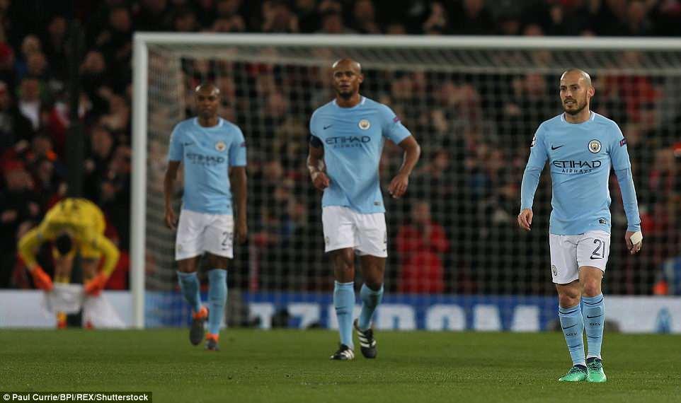 4 sai lam tai hai khien Man City thua tham Liverpool hinh anh 4