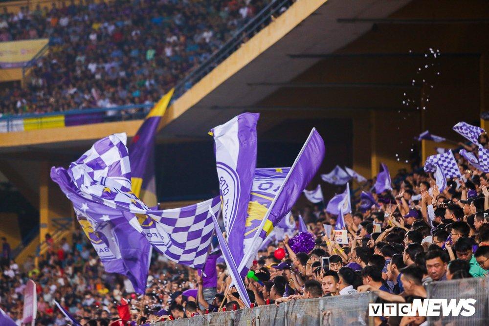 Dai chien CDV HAGL, Ha Noi FC 'nung chay' Hang Day hinh anh 8