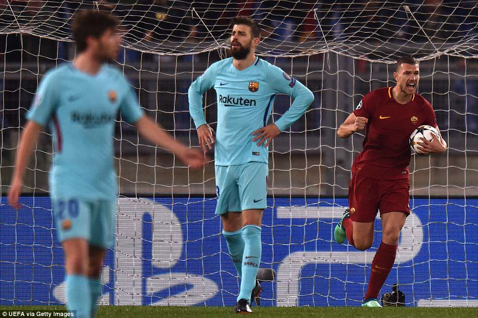 Barca bi AS Roma huy diet: Cai gia cua viec coi thuong doi thu hinh anh 2