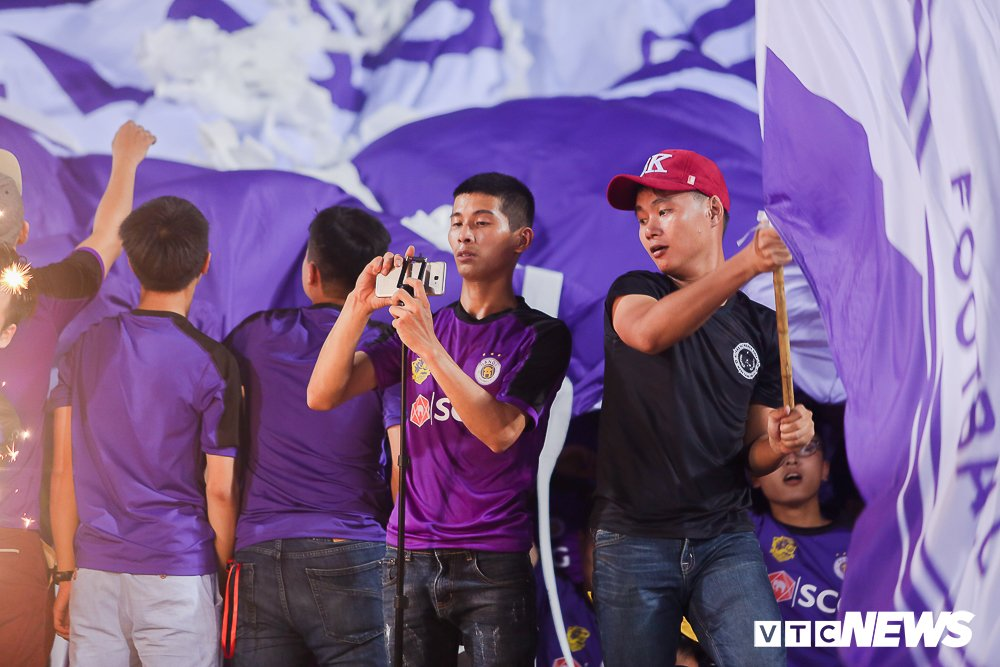 CDV 'oanh tac' Hang Day trong ngay Ha Noi loai HAGL khoi cup Quoc gia hinh anh 7