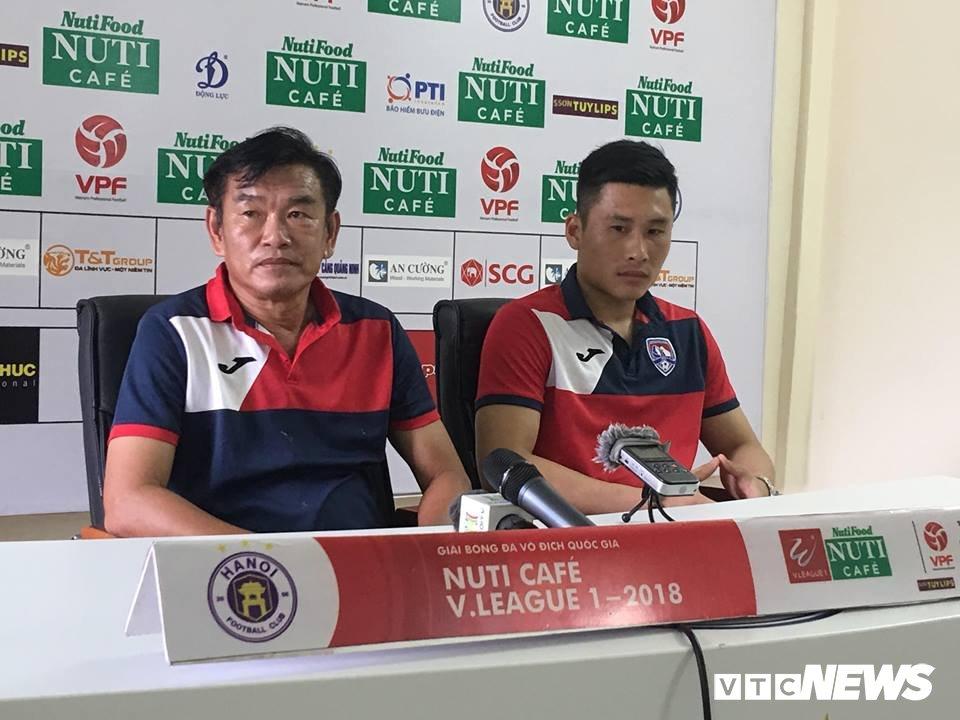Doi truong Than Quang Ninh: 'Chung toi phai choi voi 200% suc de thang Ha Noi FC' hinh anh 1