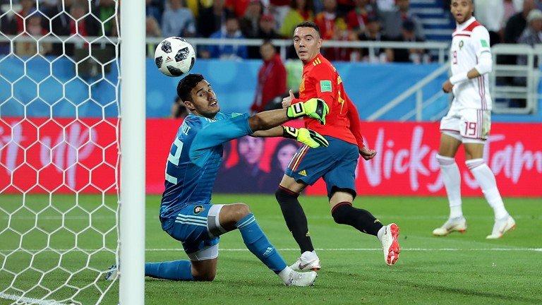 6 phut bu gio kich tinh nhat lich su World Cup: Tay Ban Nha, Bo Dao Nha suyt bi loai the nao? hinh anh 2