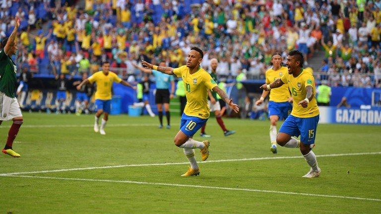 Neymar vua da vua dien, Brazil de dang vao tu ket World Cup hinh anh 2