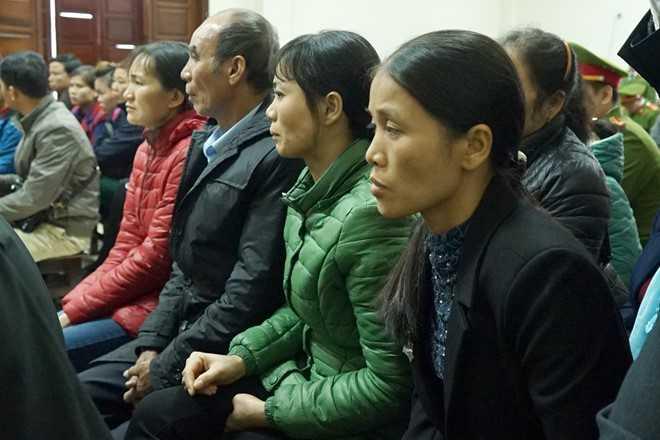Vo ke sat hai 4 ba chau o Quang Ninh: 'Me con toi biet song sao voi du luan sau toi ac cua anh' hinh anh 3