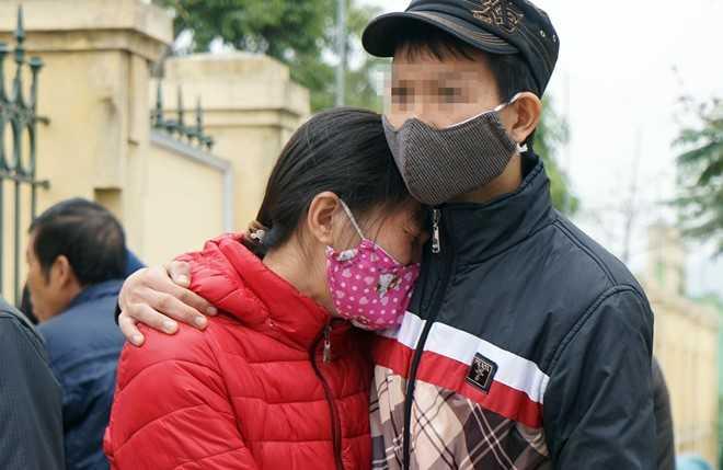 Vo ke sat hai 4 ba chau o Quang Ninh: 'Me con toi biet song sao voi du luan sau toi ac cua anh' hinh anh 2