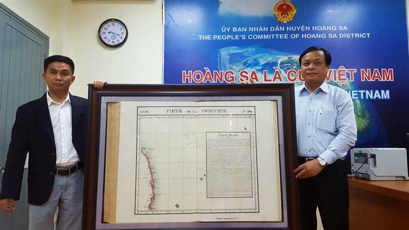 Viet Kieu My tang ban do quy cho huyen Hoang Sa hinh anh 1