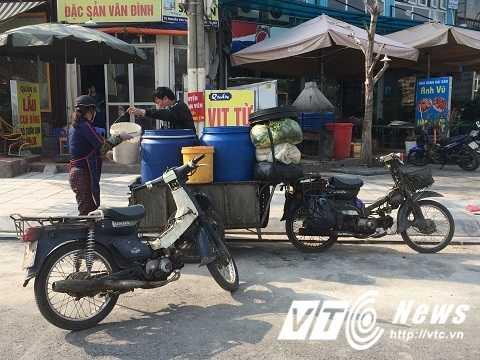 Ha Noi thu hoi 2,5 trieu xe may 'qua dat': Cuc Dang kiem len tieng hinh anh 2