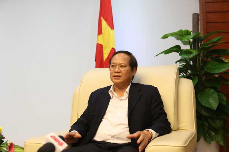 Bo truong Truong Minh Tuan: Cham dut tinh trang bao chi song 'ky sinh' vao doanh nghiep hinh anh 1