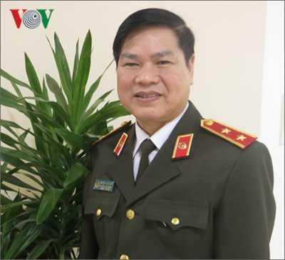 Vi sao hoc sinh pho thong khong duoc thi vao cao dang va trung cap cong an nam 2017? hinh anh 1