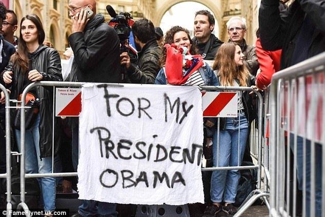 Obama xuat hien day phong cach o kinh do thoi trang Milan hinh anh 9