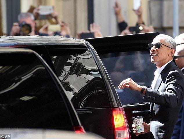Obama xuat hien day phong cach o kinh do thoi trang Milan hinh anh 6