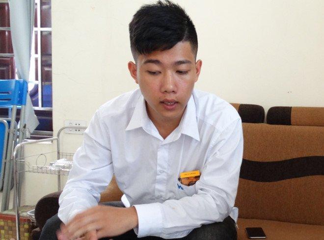 Tai xe taxi mo tung 2 canh cua lao vun vut tren duong: 'Nguy hiem nhung khong con cach nao khac' hinh anh 1