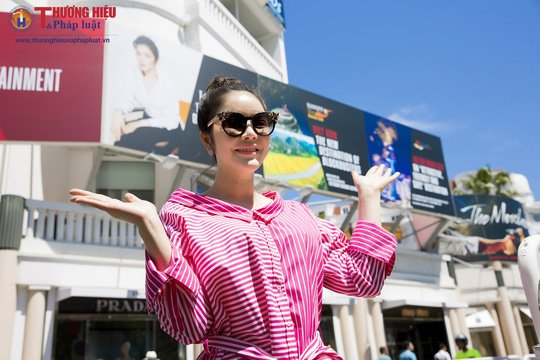 Ly Nha Ky hanh dong lo, lieu o Cannes, Bo Van hoa - The thao - Du lich bat ngo hinh anh 3