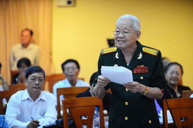 Bi thu Nguyen Thien Nhan: TP.HCM se tiep tuc chien dich dep via he hinh anh 2