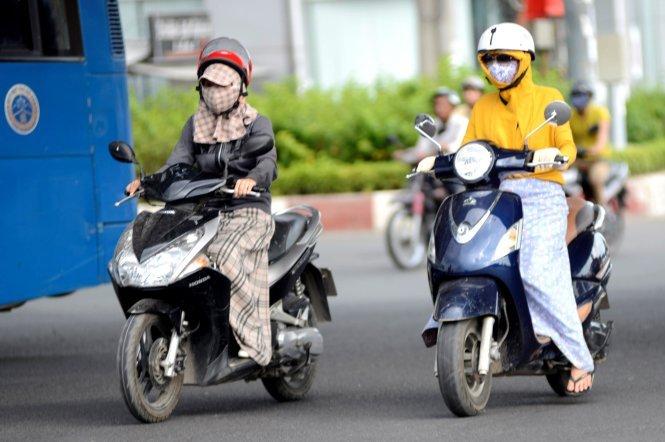 Thoi tiet hom nay 29/5: Bac Bo nang nong, Nam Bo mua dong ca tuan hinh anh 1