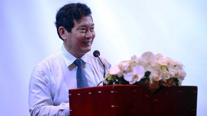 Ra van ban 'de gay hieu lam', Thu truong Huynh Vinh Ai cong khai xin loi hinh anh 1