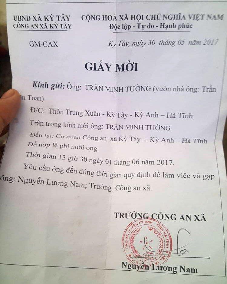 Nguoi dan 'meo mat' vi muon nuoi ong phai dong phi bao ve hinh anh 2