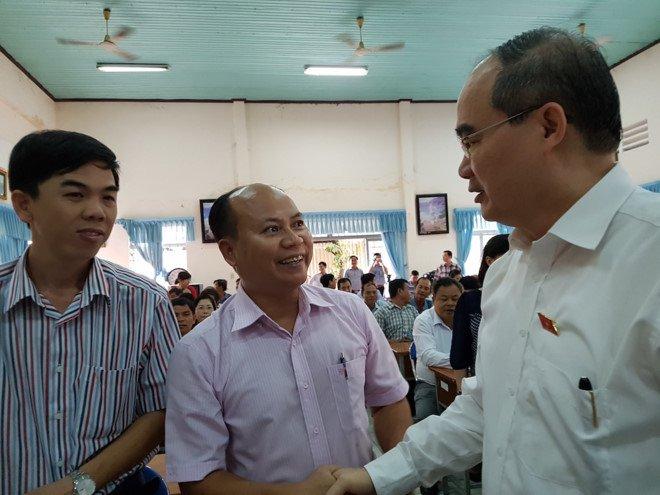 Bi thu Nguyen Thien Nhan: 'Toi da viet thu gui Thu tuong kien nghi ve Tan Son Nhat' hinh anh 1