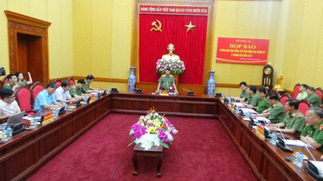 Nha bao Duy Phong bi bat: Bo Cong an cung cap thong tin hinh anh 1