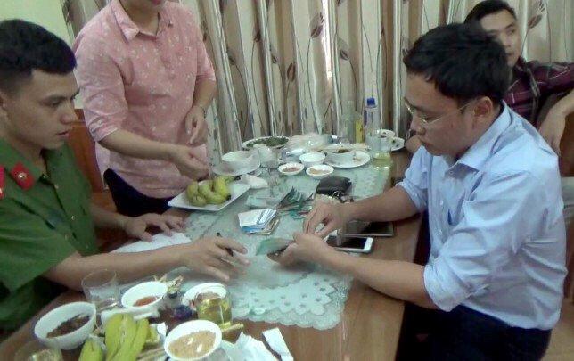 Nha bao Duy Phong bi bat: Bo Cong an cung cap thong tin hinh anh 2