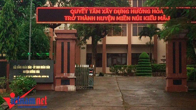 Di giao luu khi bao so 10 sap do bo, Pho chu tich huyen o Quang Tri noi gi? hinh anh 1