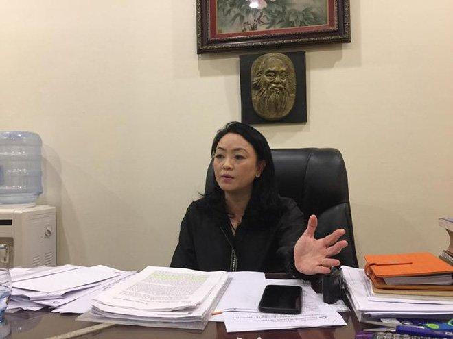Phu huynh to 'chua voi nu cuoi da roi nuoc mat': Hieu pho truong Luong The Vinh noi gi? hinh anh 1
