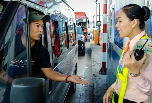 Lanh dao tinh Tien Giang: 'Khong luong truoc duoc su viec o tram BOT Cai Lay' hinh anh 2