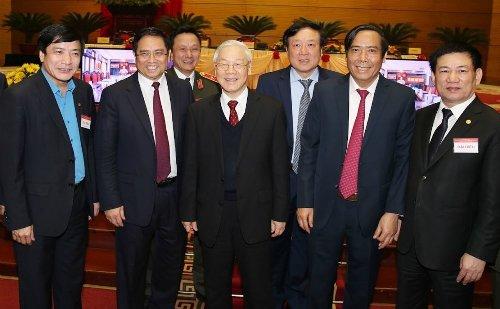 Tong Bi thu: 'Can lam ro ai chay chuc chay quyen, chay ai?' hinh anh 2