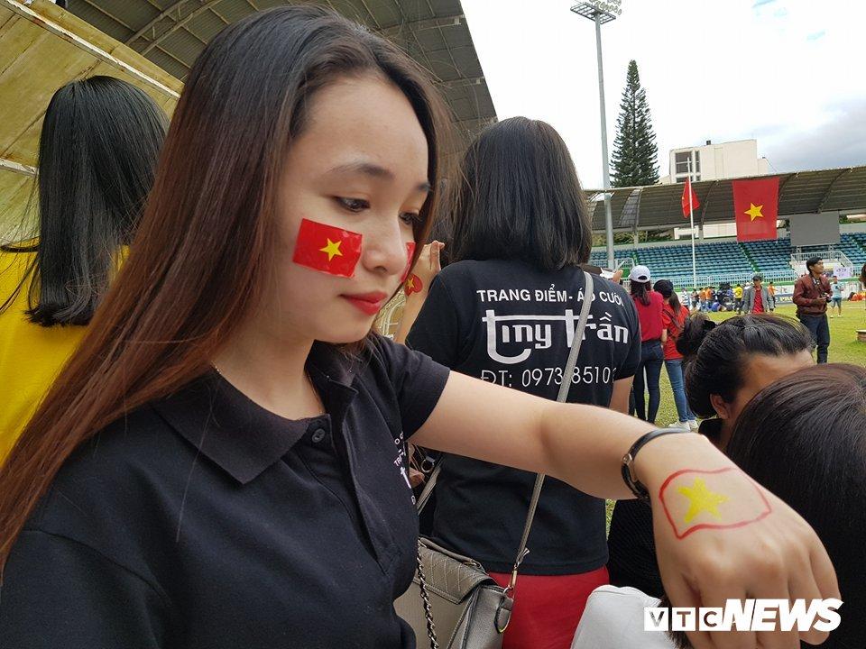 Truc tiep: Khong khi xem tran chung ket U23 Viet Nam - U23 Uzbekistan tren ca nuoc hinh anh 94
