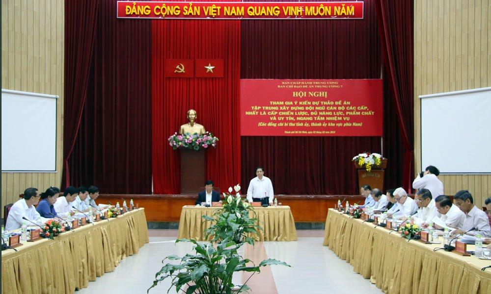 Truong Ban To chuc Trung uong: 'Chung ta dang co van de trong kiem soat quyen luc' hinh anh 2