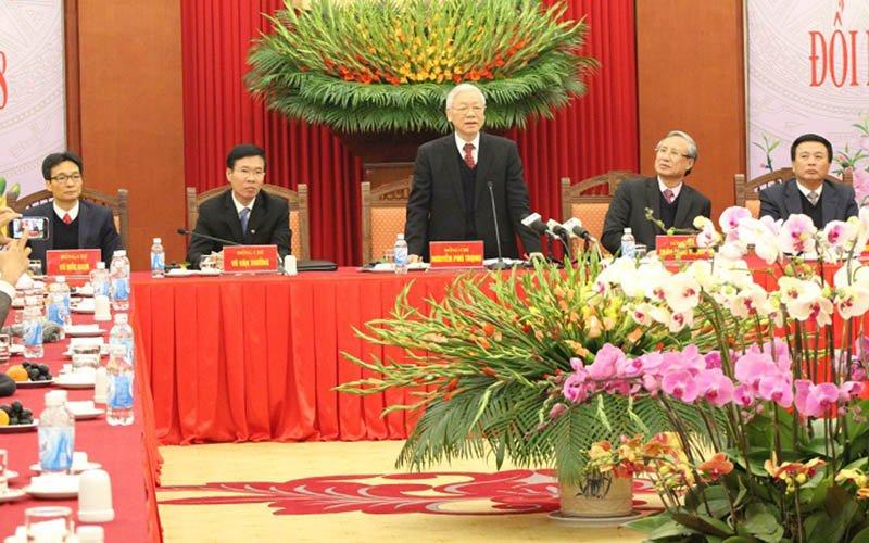 Tong Bi thu: 'Vu Oceanbank sau Tet xu, khong de khong khi Xuan nang ne' hinh anh 1