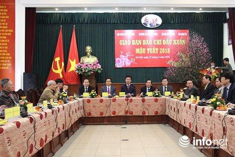 Pho Thu tuong Vu Duc Dam: 'Bao chi khoi day niem tin trong xa hoi' hinh anh 3