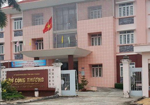 Bo Noi vu thanh tra cong tac can bo tai Hau Giang hinh anh 1