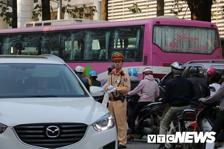 Danh sach cac tuyen duong cam khu vuc to chuc le tang nguyen Thu tuong Phan Van Khai hinh anh 3