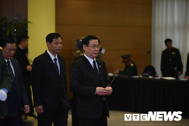 Anh: Cac doan lanh dao Dang, Nha nuoc vieng nguyen Thu tuong Phan Van Khai hinh anh 9